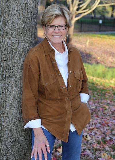 Lynda Paulson Outside